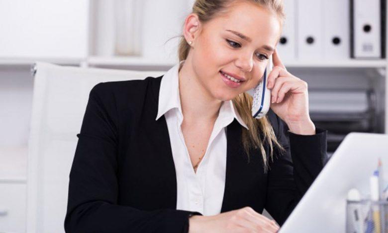 آداب گفتگو و استفاده از تلفن در محل کار