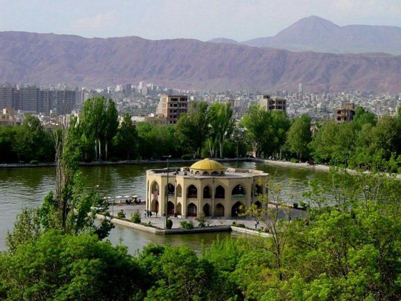 آثار باستانی وتاریخی استان آذربایجان شرقی به صورت word