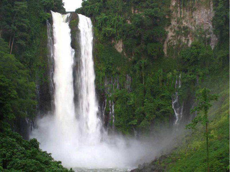 دانلود فایل آبشار های ایران به صورتpptx