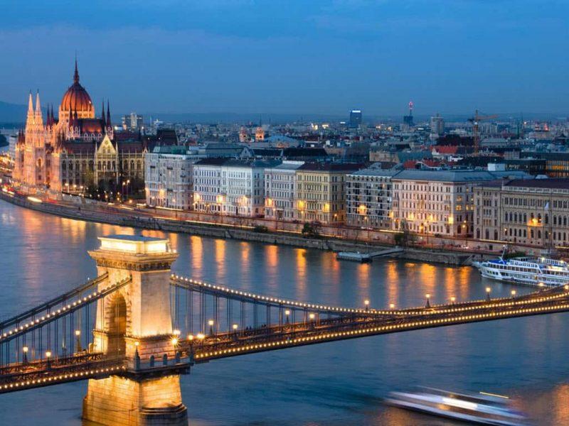 دانلود فایل ورد کشور مجارستان