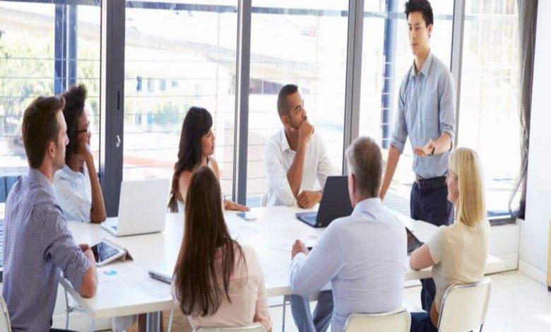 مدرس اصول پذیرایی و تشریفات( آموزش کارکنان خدماتی)